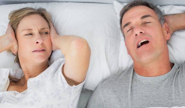Le apnee notturne aumentano il rischio di incidenti stradali e infortuni sul lavoro