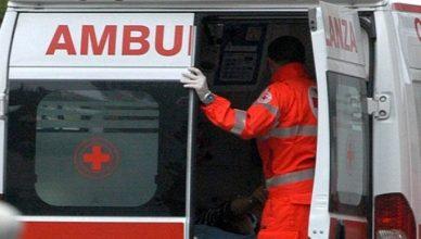 Rischioso infortunio sul lavoro questa mattina a Biella, sfortunato protagonista un uomo di circa 45 anni, che è finito all'ospedale.